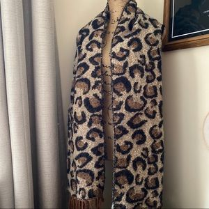 Accessories - Leopard Print Blanket Scarf